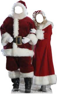 mr santa and mrs claus stand in 896