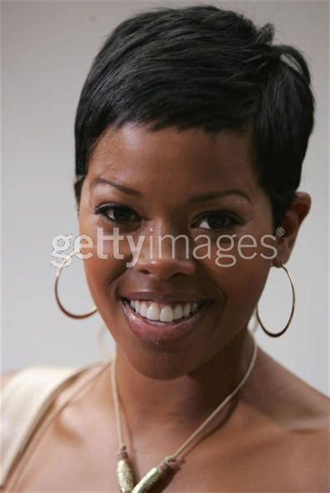 short hair styles worn by malinda williams malinda williams has the hottest short haircut and she