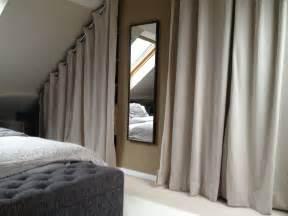 dressing sous pente avec rideaux et autres d 233 co dressing