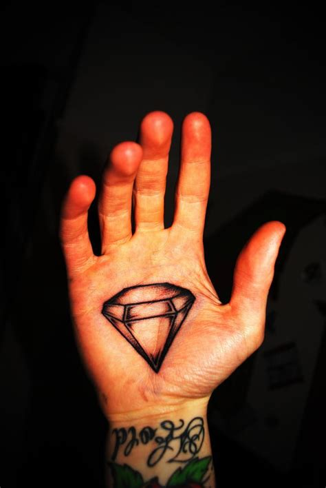 diamond tattoo on hand meaning diamond tattoo meaning best tattoo ideas gallery