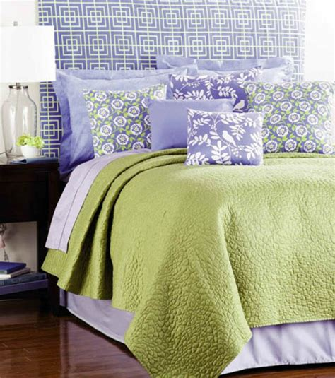 Diy Headboard Slipcover by 17 Best Images About Pillows Diy On Minion