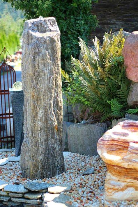 wasserspiel im garten 175 wasserspiel set quellstein s 228 ule gneis 165cm monolith
