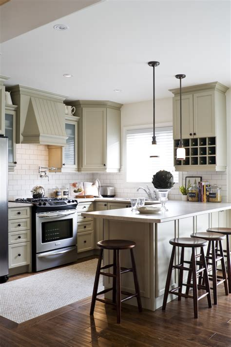 small open kitchen floor plans what height is right to hang a pendant light