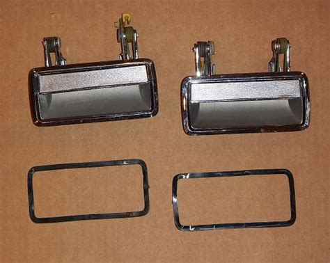 89 lincoln town car parts buy 1985 89 lincoln town car oem chrome door handle pair