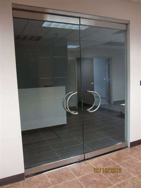 Herculite Glass Door Herculite Doors We Repair And Install Herculite Doors For Residential Homes Offices Shopping