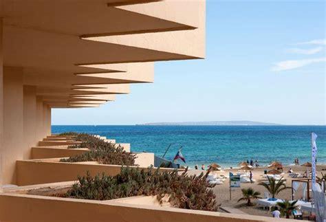 apartamentos en playa den bossa apartamentos bora bora en playa d en bossa destinia
