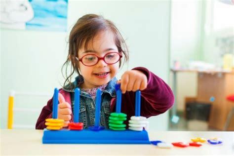 imagenes niños sindrome down jugando carpe diem