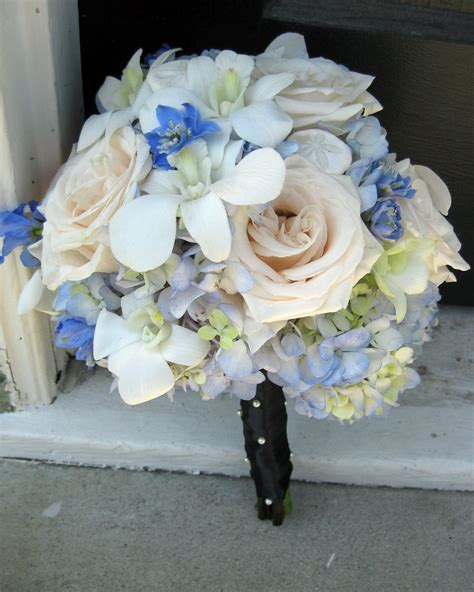 light blue and white roses september 2012 floral design by jacqueline ahne s blog