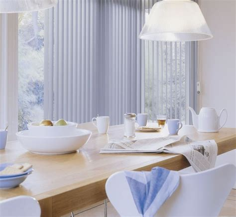 how to clean custom drapes white always looks clean and fresh making it a perfect