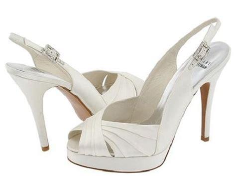 10 Prettiest Wedding Shoes by Choosing The Wedding Shoes Flats Dansko Professional