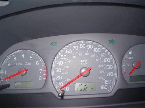 how petrol cars work 2004 volvo s40 instrument cluster 2002 volvo s40 instrument panel displays quot pin code quot 1 complaints