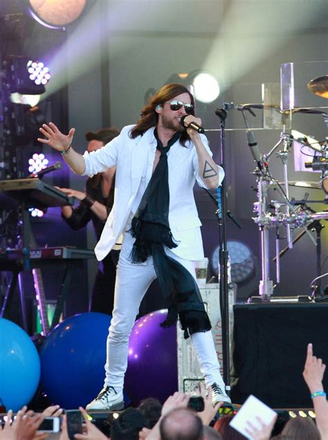 jared letto band jared leto photos photos 30 seconds to mars perform in