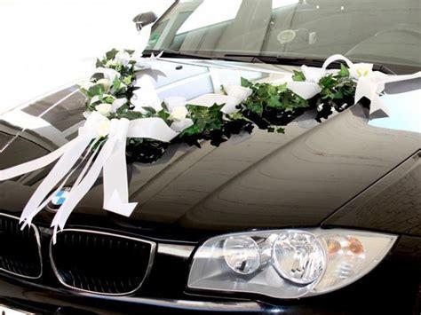 Hochzeitswagen Deko by Aufgabe Der Trauzeugen Das Hochzeitsauto Dekorieren