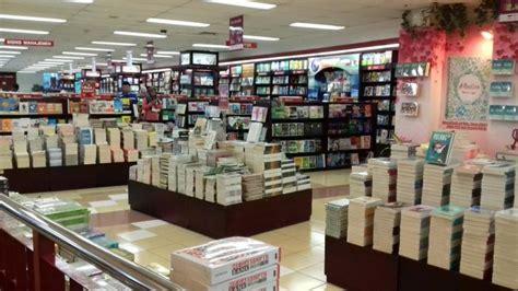Harga Buku Pkn Di Gramedia by Ini 10 Buku Terlaris Di Toko Buku Gramedia