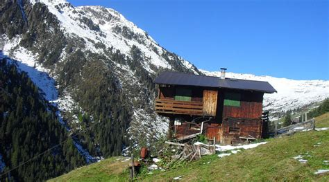 berghütte mieten bergh 252 tte mieten kaltenbach 1 500m skigebiet kaltenbach