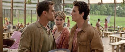film kiamat full movie insurgent movie review film summary 2015 roger ebert