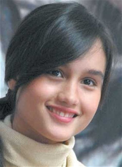 biography of cinta laura in english live your life cinta laura kiehl young beautiful and