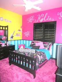 Paint Ideas For Girls Bedroom Painting Ideas On Pinterest Zebra Print Walls
