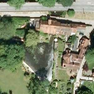george michael houses george michael s house in goring united kingdom virtual globetrotting