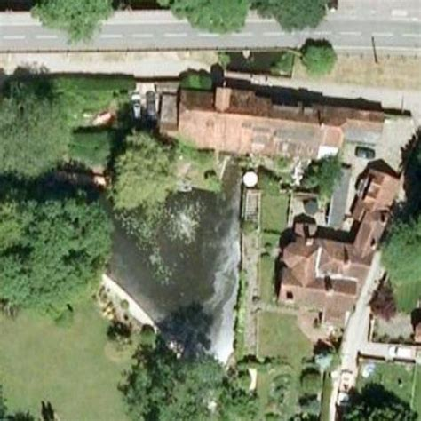 george michael s house deceased in goring united