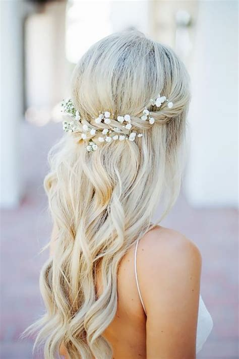 bridesmaid hairstyles ideas and hairdos 25 beautiful half up wedding hair ideas on pinterest