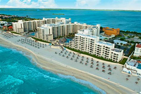 best hotels cancun 10 best all inclusive mexico family resorts for 2018