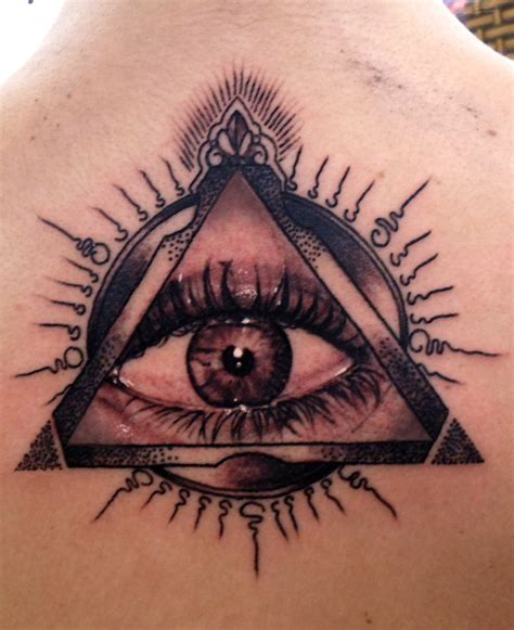 illuminati tattoos designs illuminati eye images designs