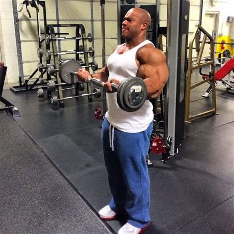 mr olympia phil heath 8 weeks out from olympia chest mr olympia 2015 phil heath 15 weeks out