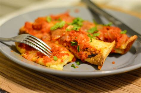 3 ways to make mexican enchiladas wikihow