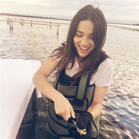 layout twitter crystal reed 469 best images about crystal reed on pinterest the