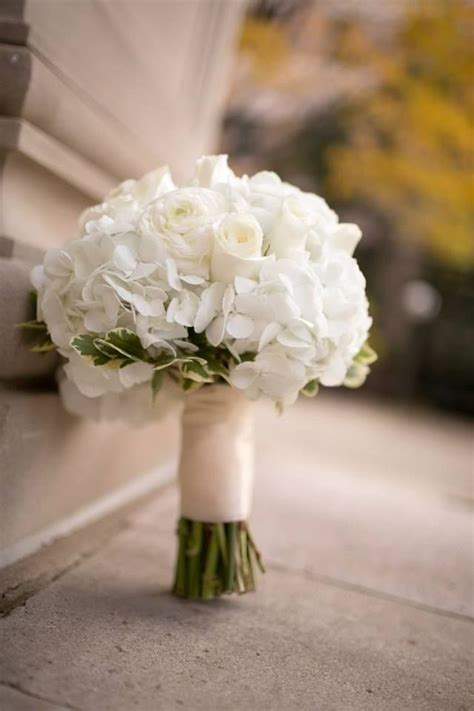 classic bridal bouquet ivory and white lace hydrangeas