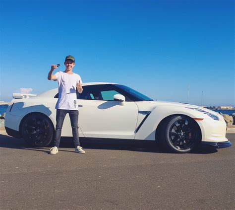 nissan gtr wrapped tanner fox carson shattered2ice twitter