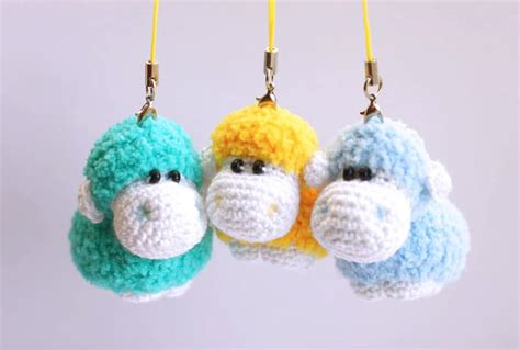 amigurumi keychain sheep keychain free crochet pattern amigurumi today
