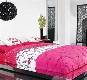 Bhs Bed Sets Design News Bhs Is In The Pink With New Bed Sets And Jaegar Launches A Home Range