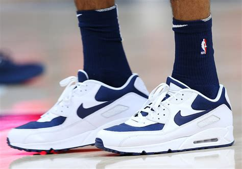 nike basketball player shoes thabo sefolosha is the only nba player to wear this iconic