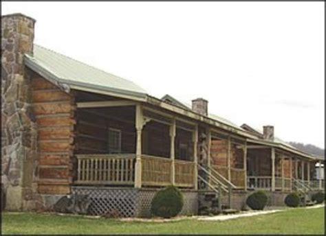 exterior picture of appalachian cabins seneca rocks