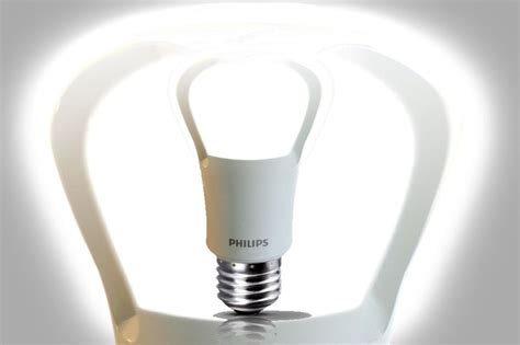 Lu Tembak 5 Watt philips to unveil the world s true led replacement for the 75 watt light bulb led