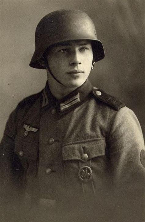 wermacht boy men napletki heer soldat portrait heer pinterest posts soldiers
