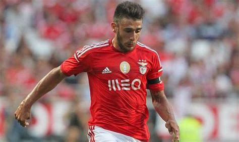 eduardo salvio liverpool and utd 163 34m benfica