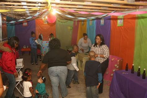 carnival birthday party ideas photo    catch