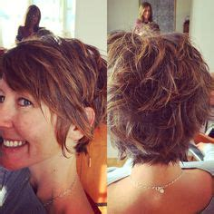 growing out pixie into a shag 1000 images about hair she is on pinterest pixie cuts