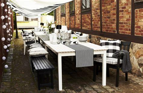 ikea en el jard 237 n y en la terraza en blanco y negro