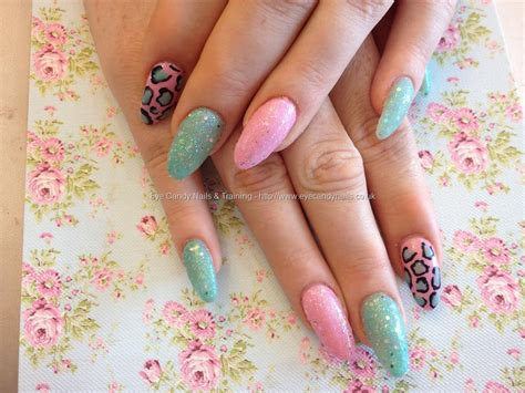 Acrylic Nail eye nails acrylic nails with pink and