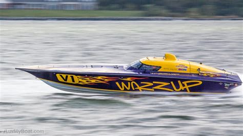 opa boat racing bat boat racing at the 2014 opa offshore powerboat world