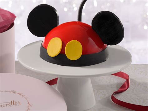 cake decorating class  disney world     fondant food wine