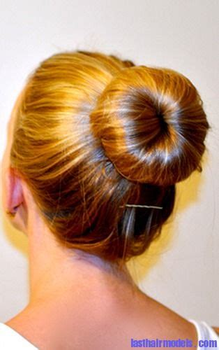 easy sock bun curls 21 best images about hair styles on donuts