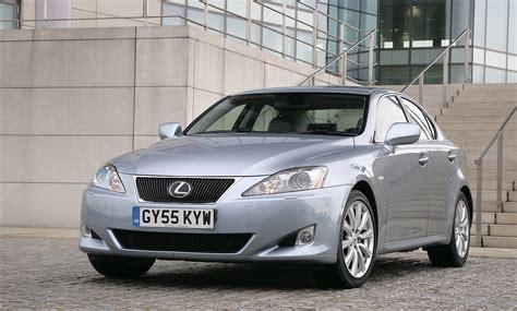 lexus is 220d se review lexus is saloon review 2005 2012 parkers