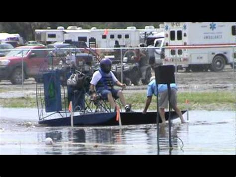 youtube airboat racing sw dragon 4 cylinder aircraft engine powered race