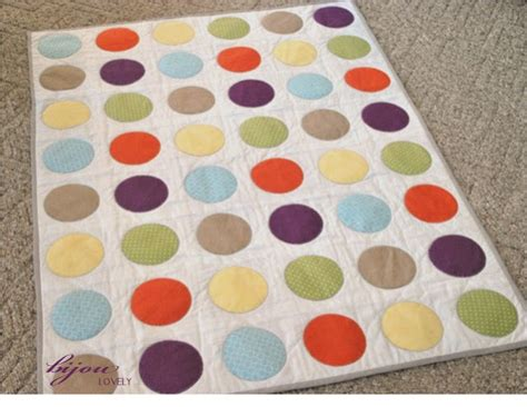quilting circles tutorial diy this colorful circle quilt would be a perfect gift