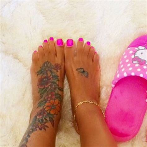 hollywood hoofs guess whose pedicured pics photo 39